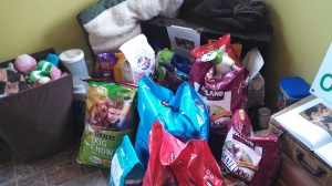 Rover hosts food drive for local animal shelters